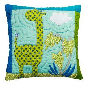 Giraffe cushion 40x40cm-0