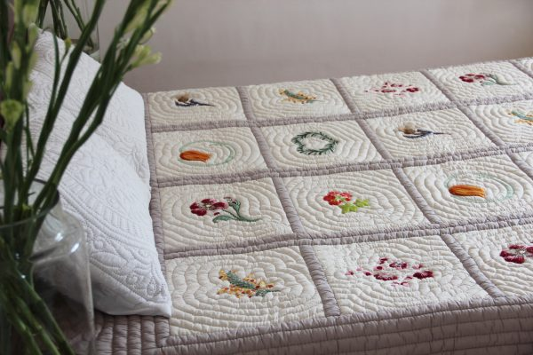 Seasons Quilt (Queen size)-775