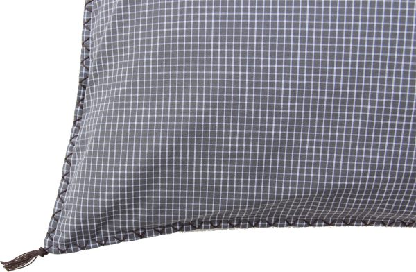 BW -checks cushion 70x50 cm-1028