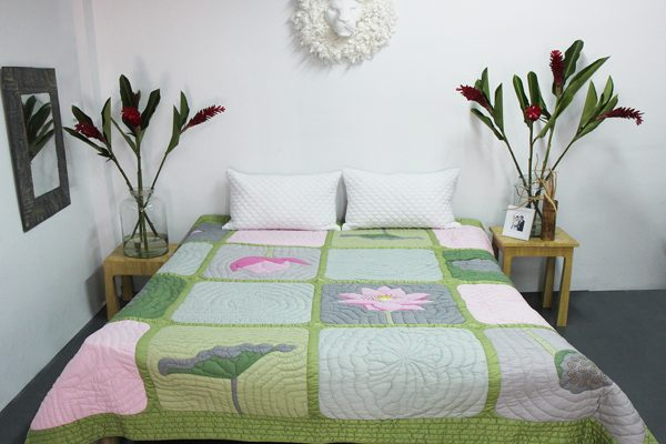 Viet Nam Lotus Quilt (Queen size)-0